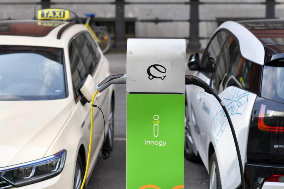 Erste Schnell-Ladestation für E-Taxis ist da, doch die Fahrer sind skeptisch
