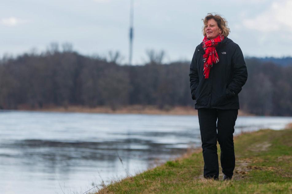 Natur tanken: Wenn der kleine Hunger kommt, geht Fasten-Expertin Kerstin Alexander  (51) an der frischen Luft spazieren.