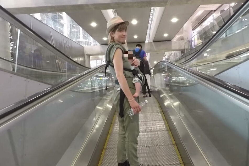 Mit Baby Ella an Bord ging es für Isabell Horn und Freund Jens ab auf den Langstreckenflug nach Thailand.