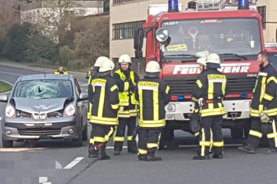 Bei einem schweren Verkehrsunfall in Belgern ist am Freitagmorgen ein Mann ums Leben gekommen.