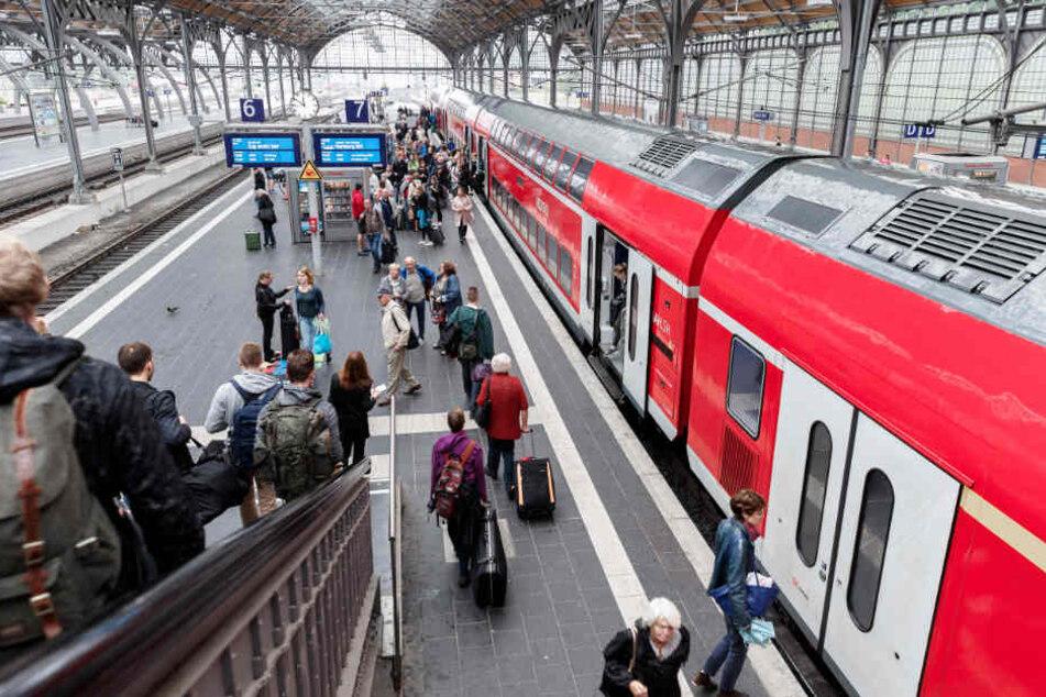 Von den ausfallenden Zügen ist vor allem der Lübecker Hauptbahnhof betroffen (Archivbild).