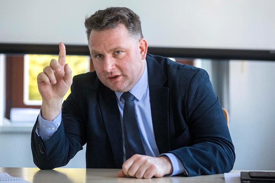 Bewirbt sich ebenfalls um den Fraktions-Chefsessel: Innenexperte Christian Hartmann (44, CDU).