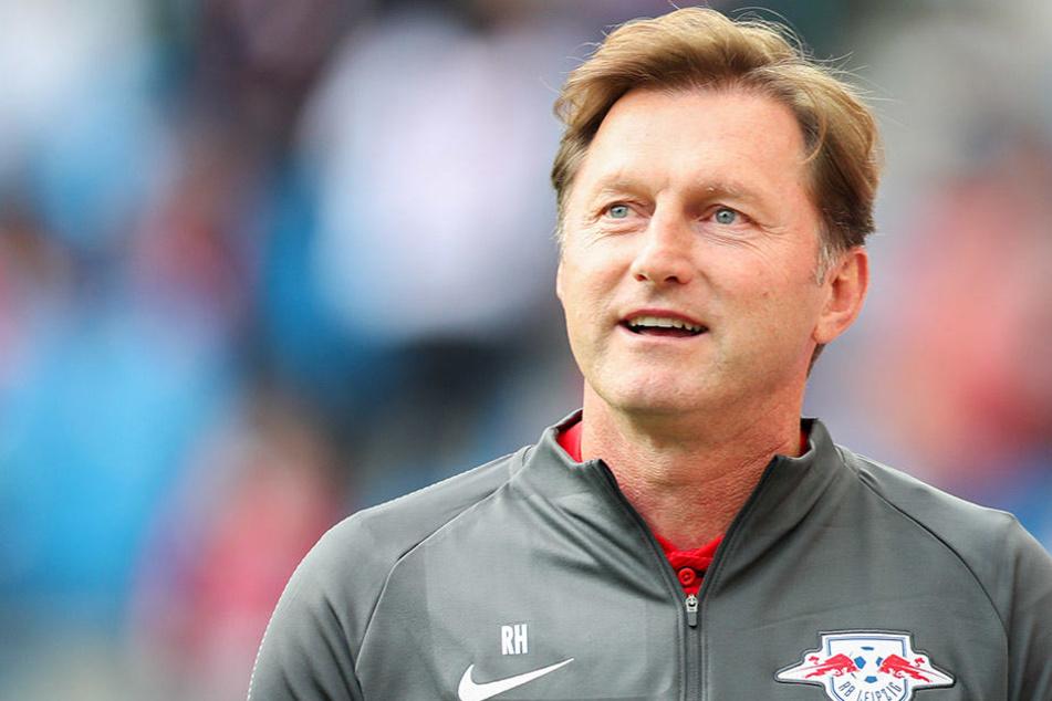 Gegen Augsburg will RB-Trainer Hasenhüttl seine Abwehrspieler Klostermann und Upamecano schonen.
