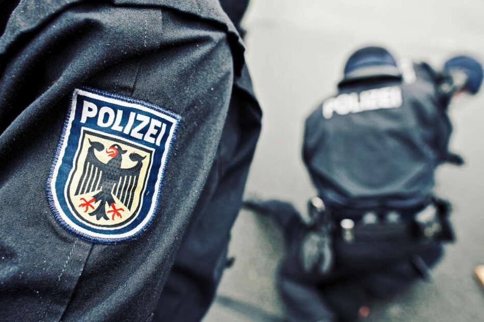 München: Mann begrapscht und küsst behinderte Rollstuhlfahrerin gegen ihren Willen
