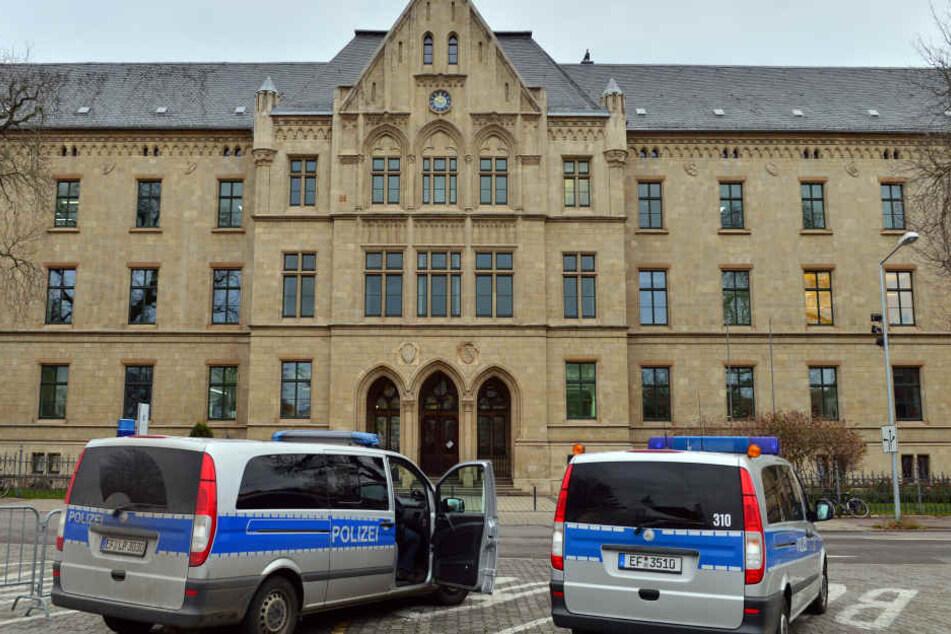 Die Brüder stehen in Erfurt vor Gericht.