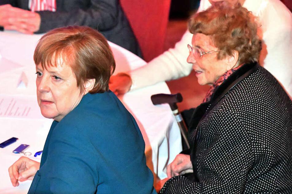 Angela Merkel (64) und ihre Mutter Herlind Kasner (90).