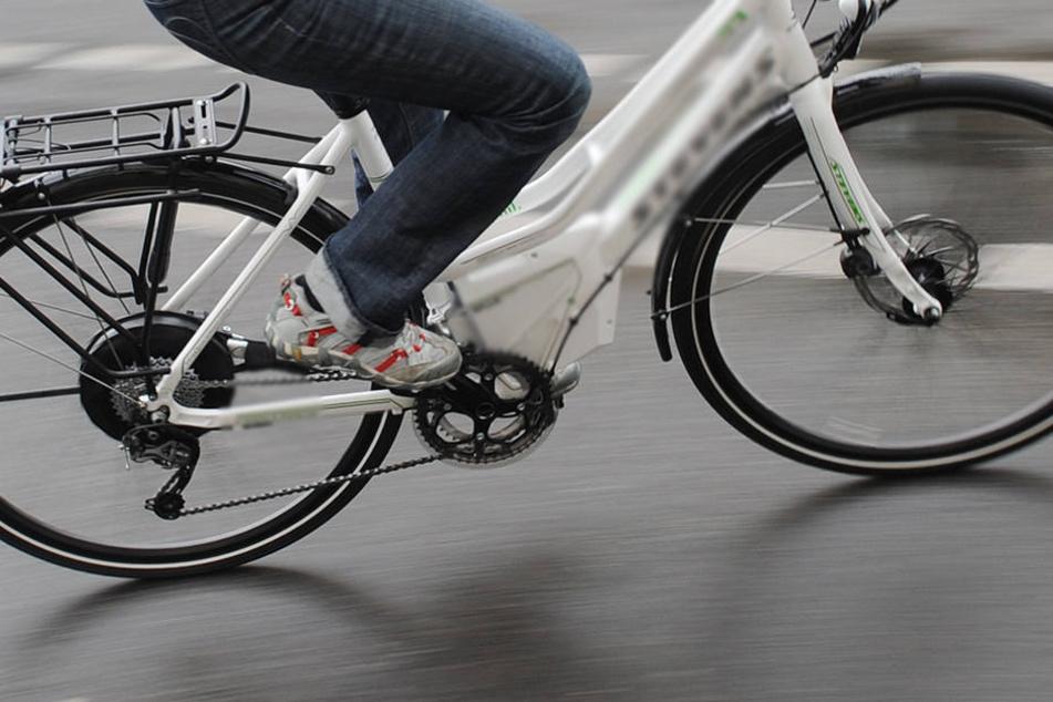 Als Hilfe zur beruflichen Eingliederung hat das Jobcenter des Landkreises Osnabrück einem syrischen Flüchtling ein E-Bike zur Verfügung gestellt.