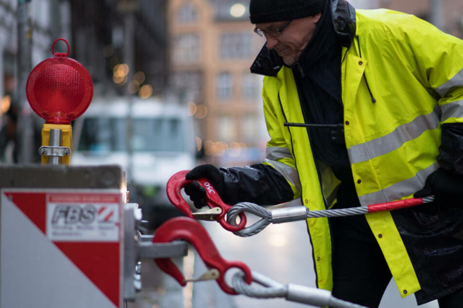 Wasserrohrbruch! Straße in Bielefeld gesperrt