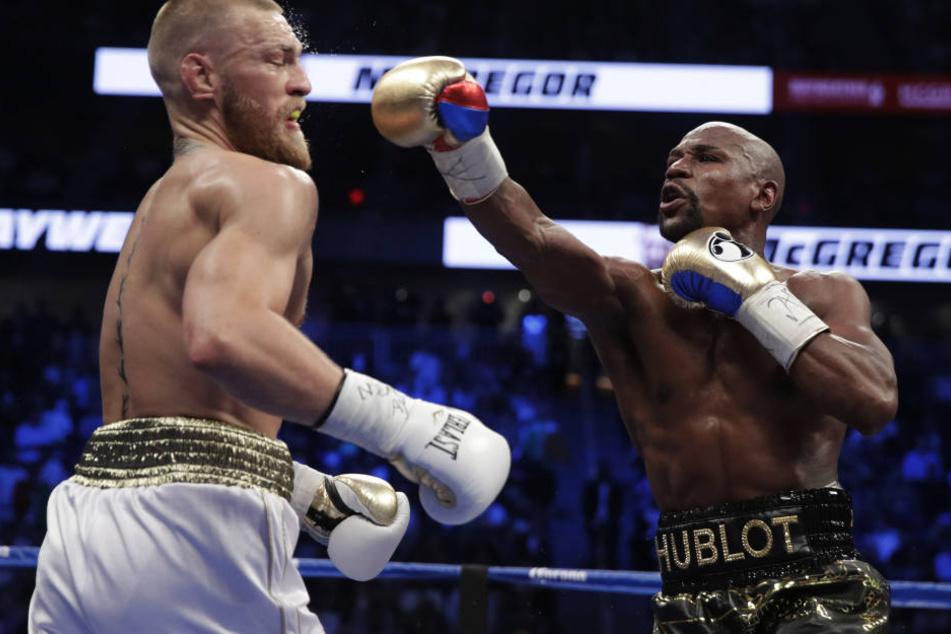 US-Boxer Floyd Mayweather siegte in der 10. Runde durchs K.o.