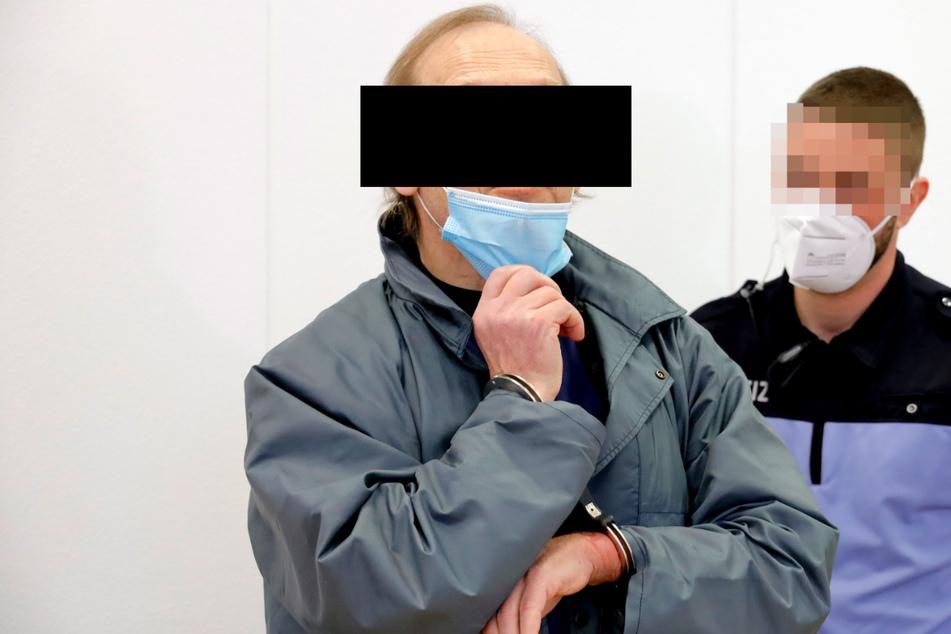 Prozess um Feuer-Drama von Amtsberg: Brandstifter spricht über zerrüttete Familie