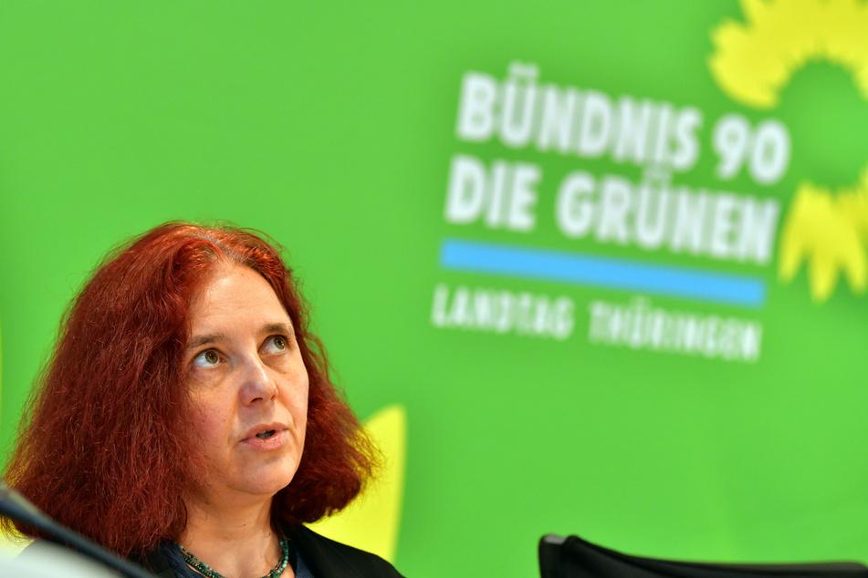 Astrid Rothe-Beinlich (Bündnis 90/Die Grünen), Thüringer Fraktionsvorsitzende, spricht in einer Pressekonferenz der Thüringer Grünen-Landtagsfraktion