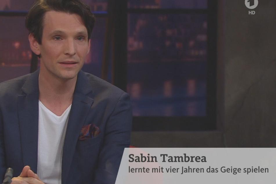 """Top-Schauspieler Sabin Tambrea (35, """"Narziss und Goldmund"""") war ebenfalls zu Gast."""