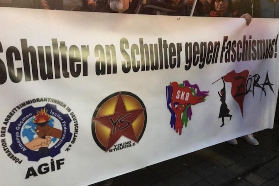 Die Teilnehmer der Demo sprachen sich auf Plakaten auch gegen Rassismus und Faschismus aus.