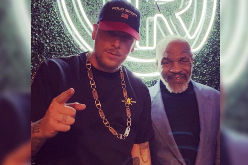 187-Rapper Bonez MC fühlt sich sichtlich wohl auf der Tyson-Ranch.