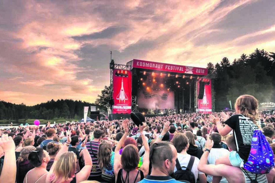 Das Kosmonaut Festival am Stausee Rabenstein lockt auch in diesem Jahr wieder viele Besucher nach Chemnitz.