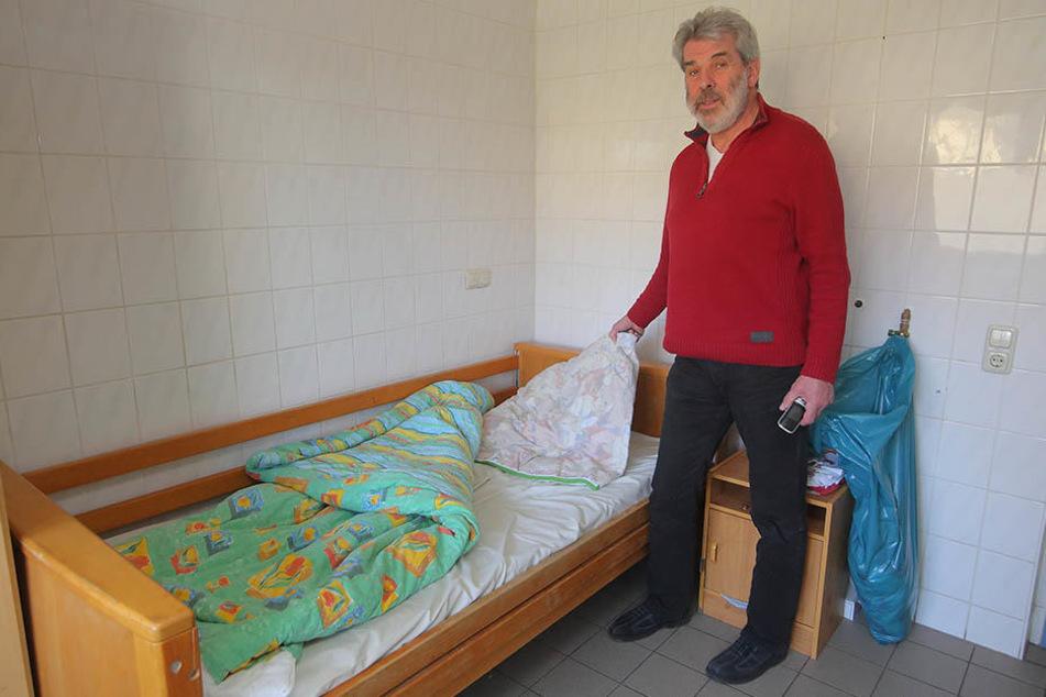 Der Obdachlosenheim-Leiter Dieter Haufe (63) schickt niemanden bei der Eiseskälte wieder weg.