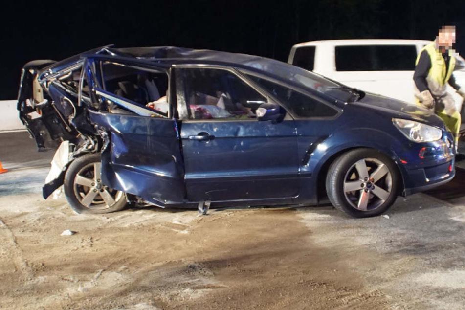 Besoffener rast in Familienauto: Bub (2) schwebt in Lebensgefahr!