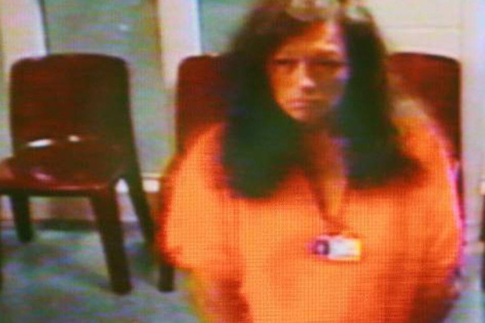 Kathleen Marie Steele (62) ließ ihre Kinder allein im Auto. Ihr mit der Situation überforderter sechsjähriger Sohn tötete seine 13 Tage alte Schwester.