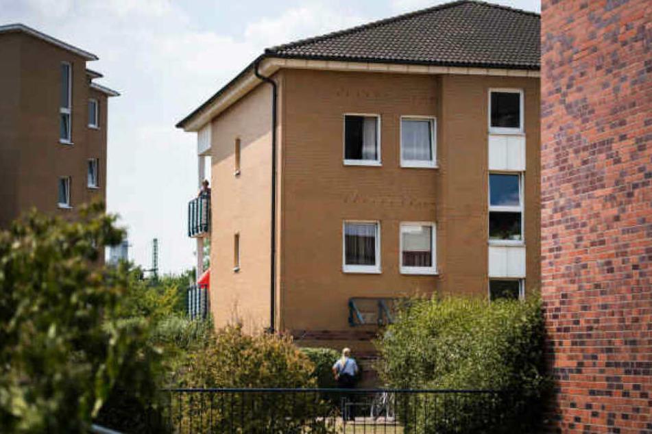 In dieser Wohnsiedlung in Düsseldorf-Rath wurde ein siebenjähriges Mädchen ermordet.