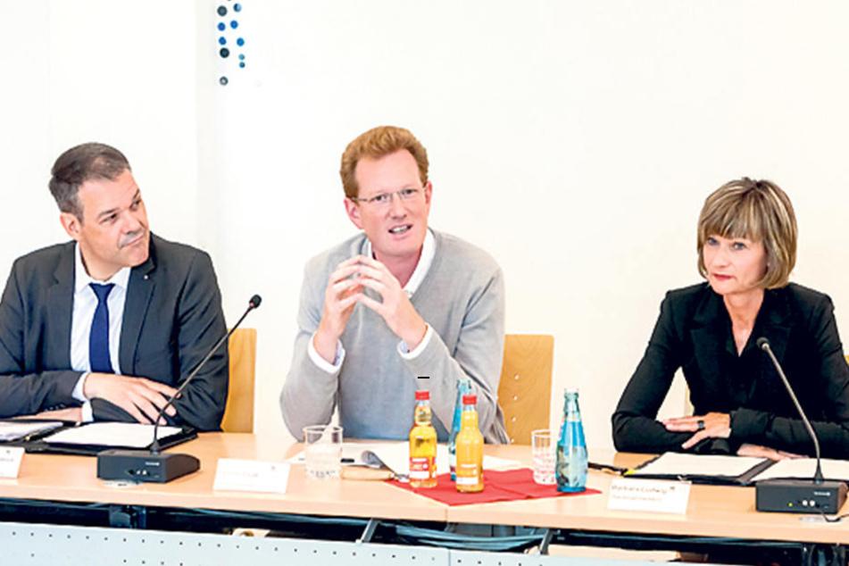 Generalintendant Christoph Dittrich (50, v.l.), Kulturbetriebsleiter Ferenc Csak (42) und Oberbürgermeisterin Barbara Ludwig(54, SPD) wollen die Kulturhauptstadt.