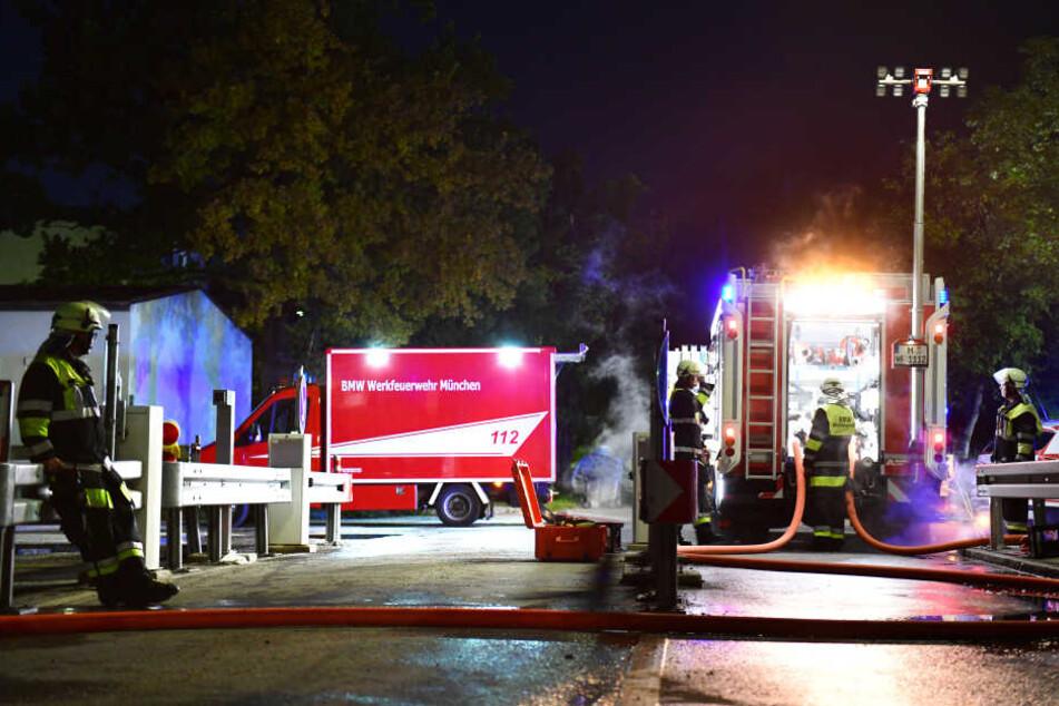 München: Feuer bei BMW ausgebrochen: Rauch über dem Werksgelände in München