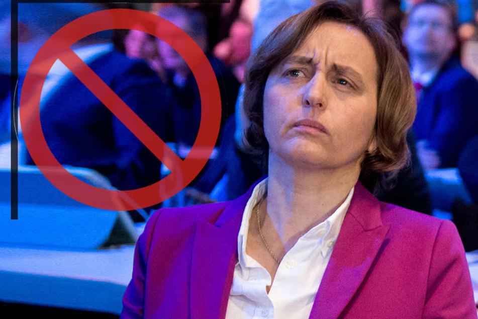 Twitter hat die stellvertretende AfD-Bundestagsfraktionschefin Beatrix von Storch vorübergehend gesperrt.