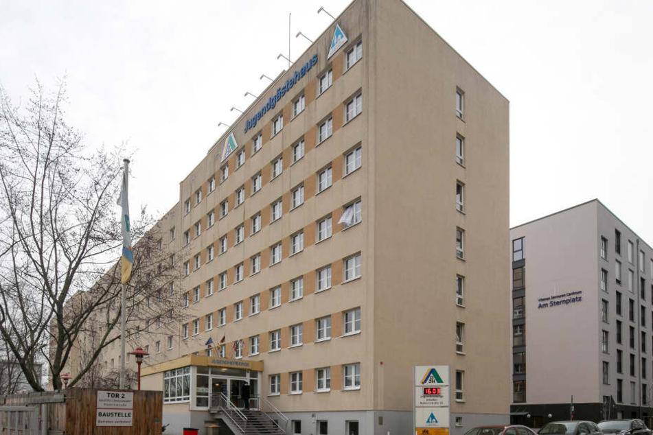 Die größte Jugendherberge Sachsens befindet sich in bester Citylage im Herzen von Dresden in der Maternistraße.