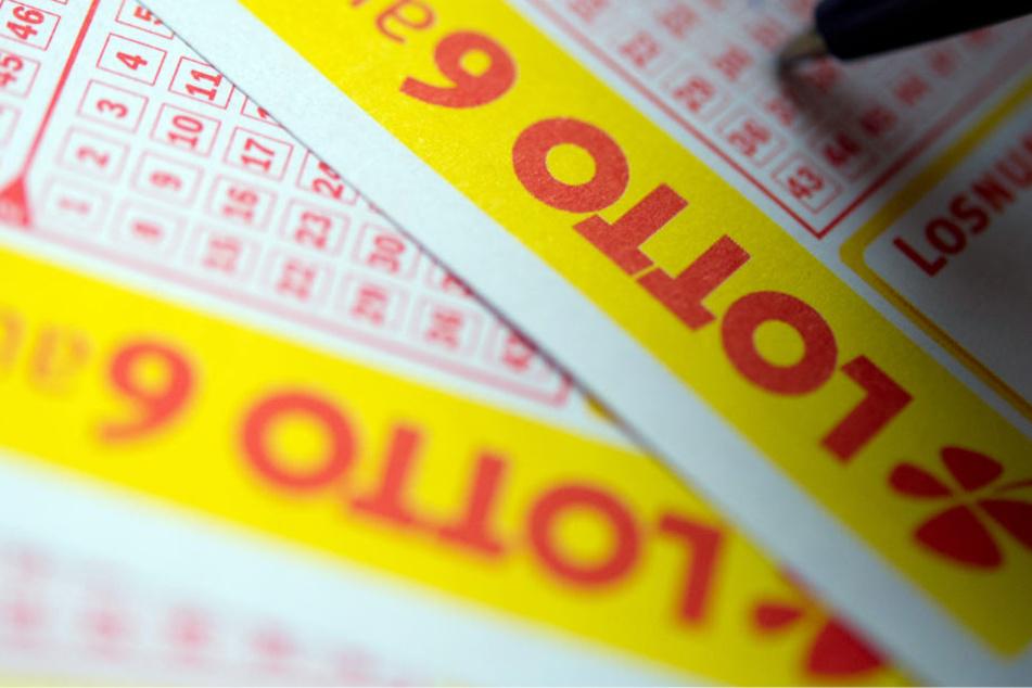 Im vergangenen Jahr gab es 21 neue Lotto-Millionäre. (Symbolbild)