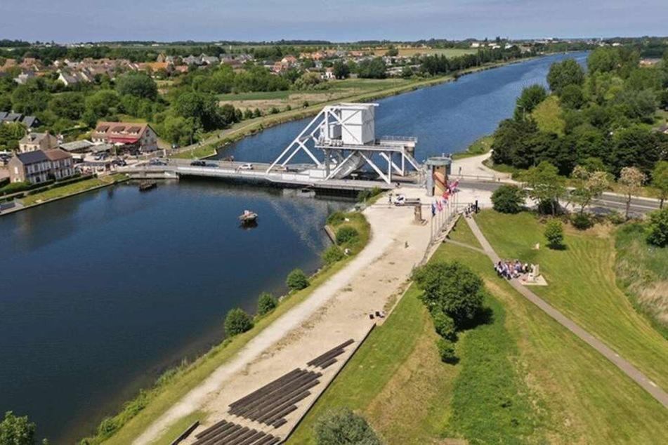 Der britische Soldat Darren Jones soll in der Nähe der Pegasus-Brücke ertrunken sein.