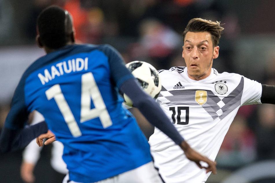 Die Deutsche Nationalmannschaft trifft auf Frankreich und Niederlande.