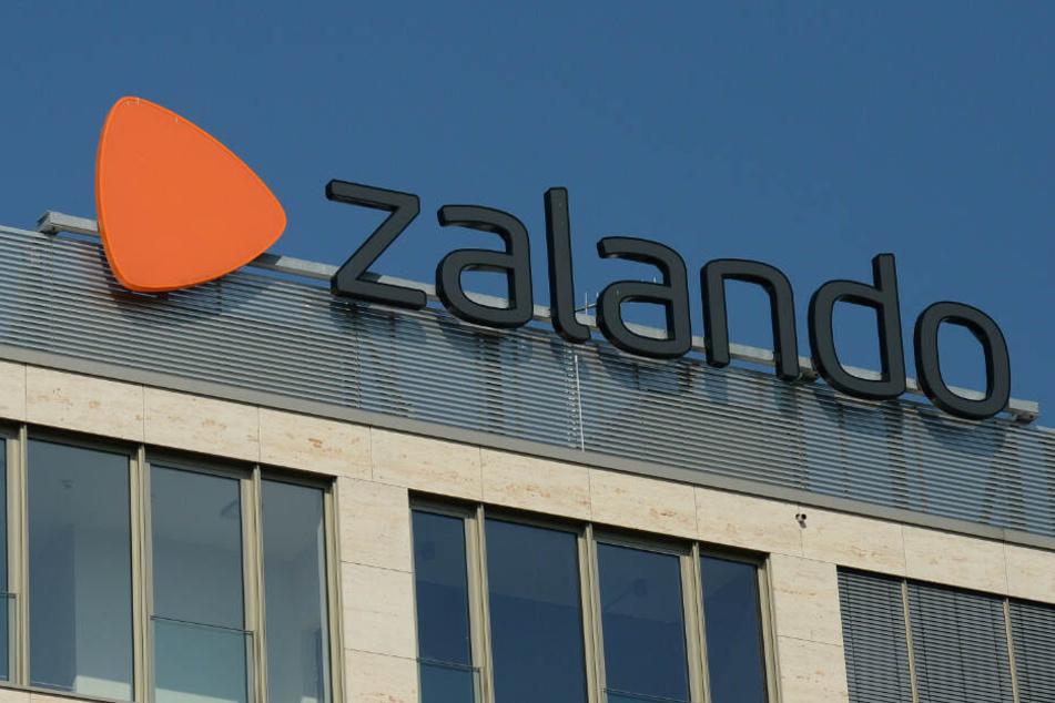 Das Firmenlogo auf dem Firmensitz an der Mühlenstraße.