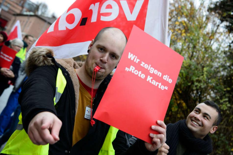 Tübingen: 1200 Beschäftigte streiken