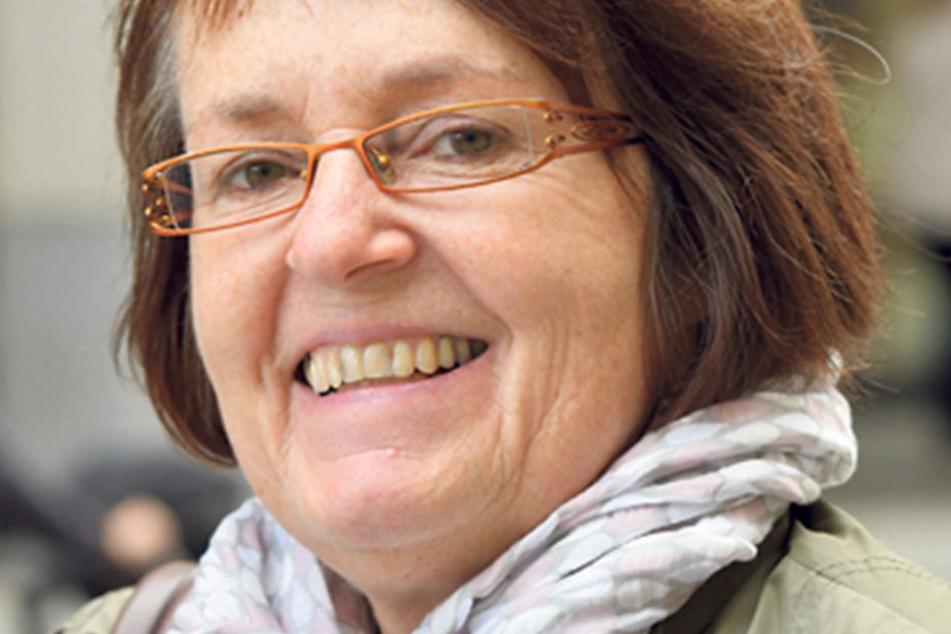 """Steffi Albrecht (58), Heimerzieherin aus Zschopau, ist sich fast sicher, wo sie ihr Kreuzchen setzen will: """"Zu 80- 90% wähle ich Angela Merkel. Sie überzeugt, sie bringt es und ist im Regieren geübt."""""""