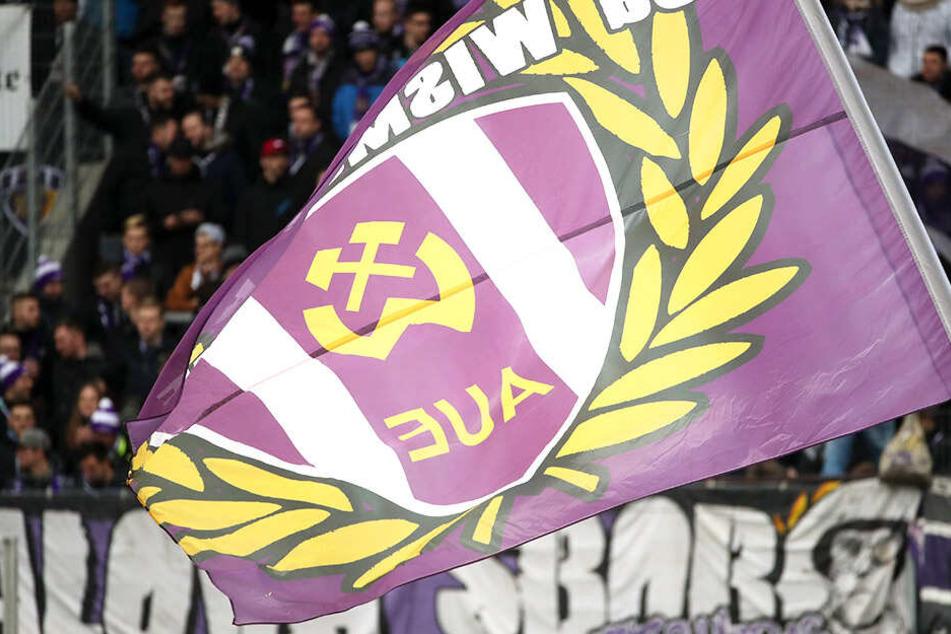 Die Fans sind eine Macht - auch beim FC Erzgebirge! Nach Protesten wurde der Test gegen RB abgesagt.