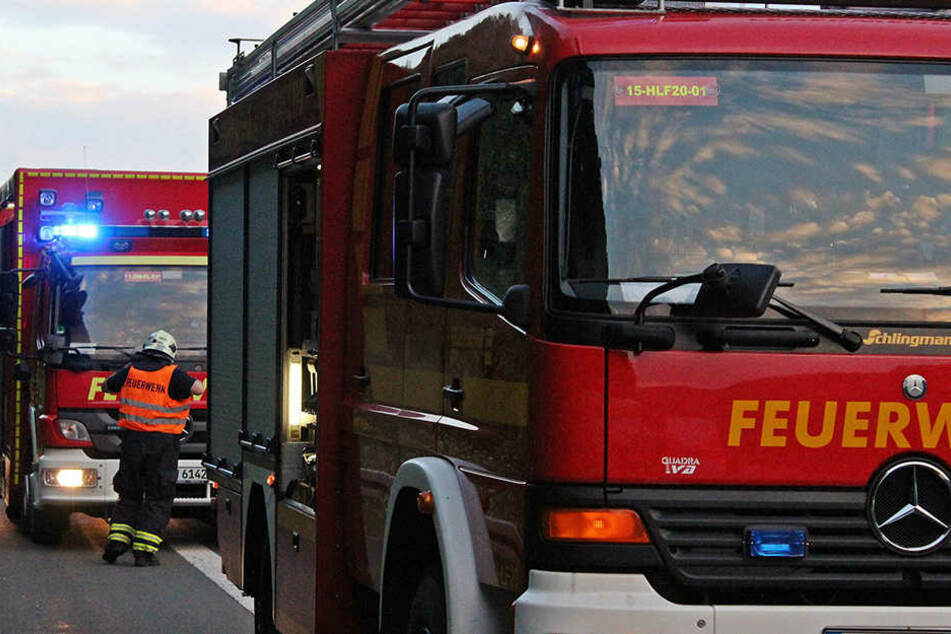 Die Feuerwehr fand nach dem Brand eine 33-Kilo-Gasflasche in dem Gebäude.