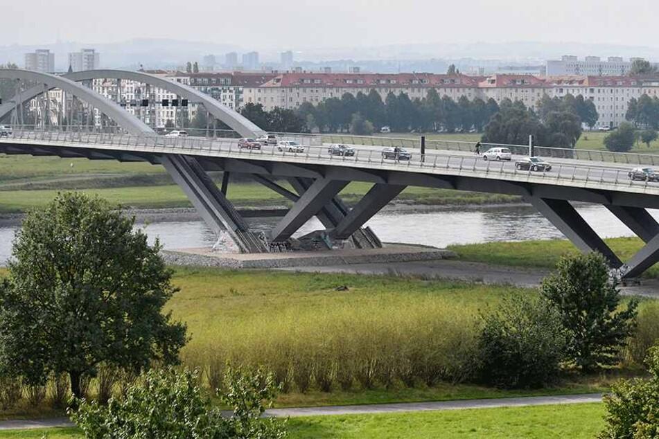 Genug Platz wäre ja vorhanden: Auf den Brachflächen unter der Waldschlößchenbrücke könnten bald geskatet  werden.