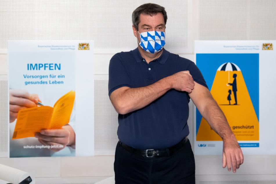 Markus Söder (CSU), Ministerpräsident von Bayern, bei einer Grippeschutzimpfung im Oktober 2020. (Archiv)