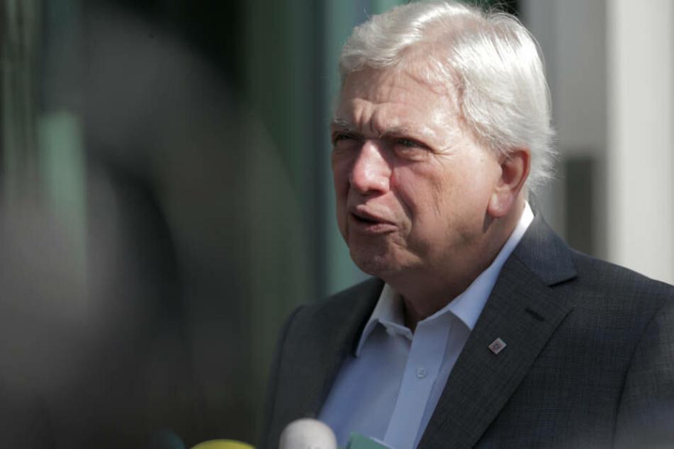 Hessens Ministerpräsiden Volker Bouffier will die Sicherheit an den Bahnhöfen überprüfen.
