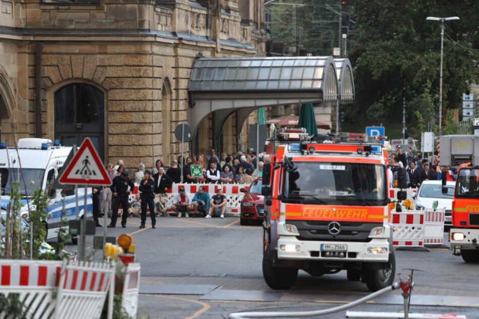 Zahlreiche Einsatzkräfte waren zu dem Brand angerückt.