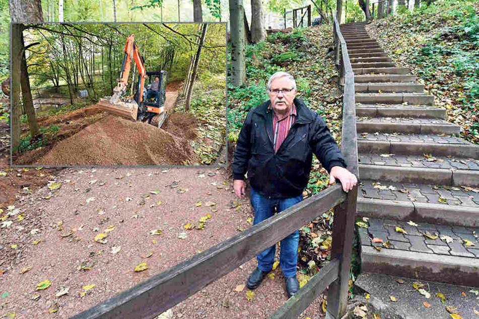 Bahn frei! Neben der Treppe zum Ententeich lässt Wildpark-Chef Frank Gössel (62) eine rollstuhlgeeignete Serpentine anlegen.