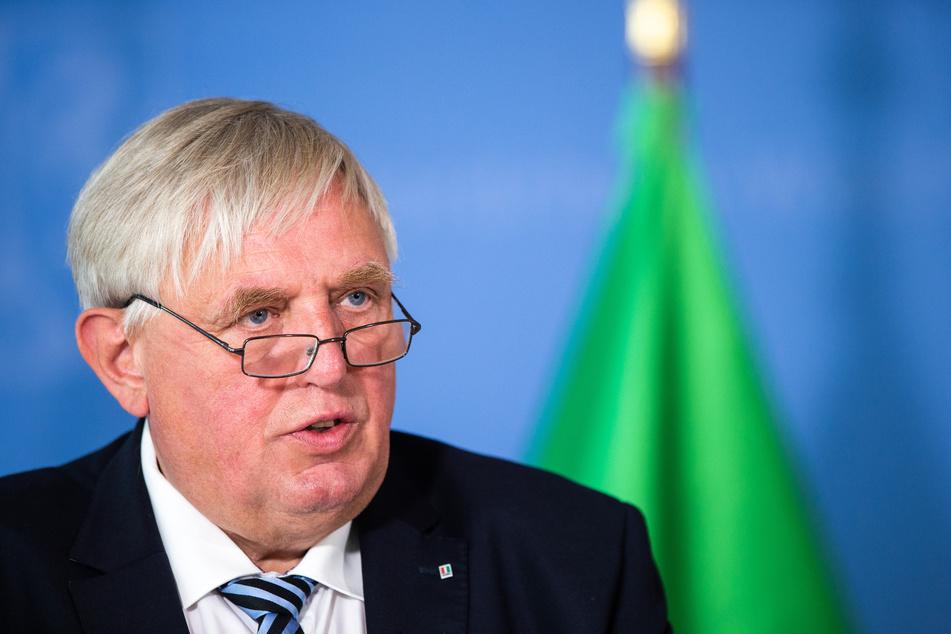 NRW-Gesundheitsminister Karl-Josef Laumann (63, CDU) stellte das neue Konzept am vergangenen Freitag vor.