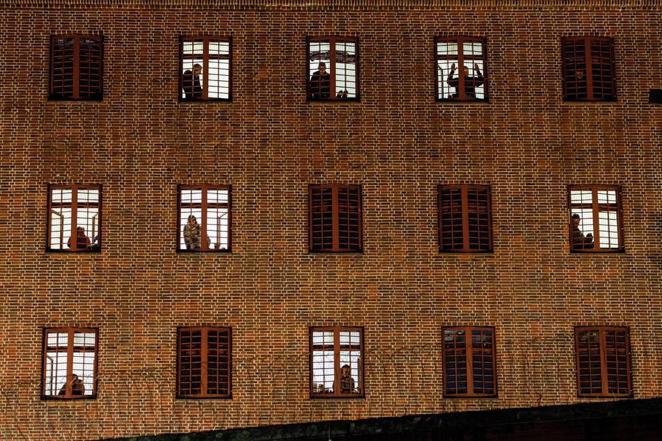 Hamburg: Noch 3000 Haftbefehle offen: Sind Hamburgs Gefängnisse zu klein?