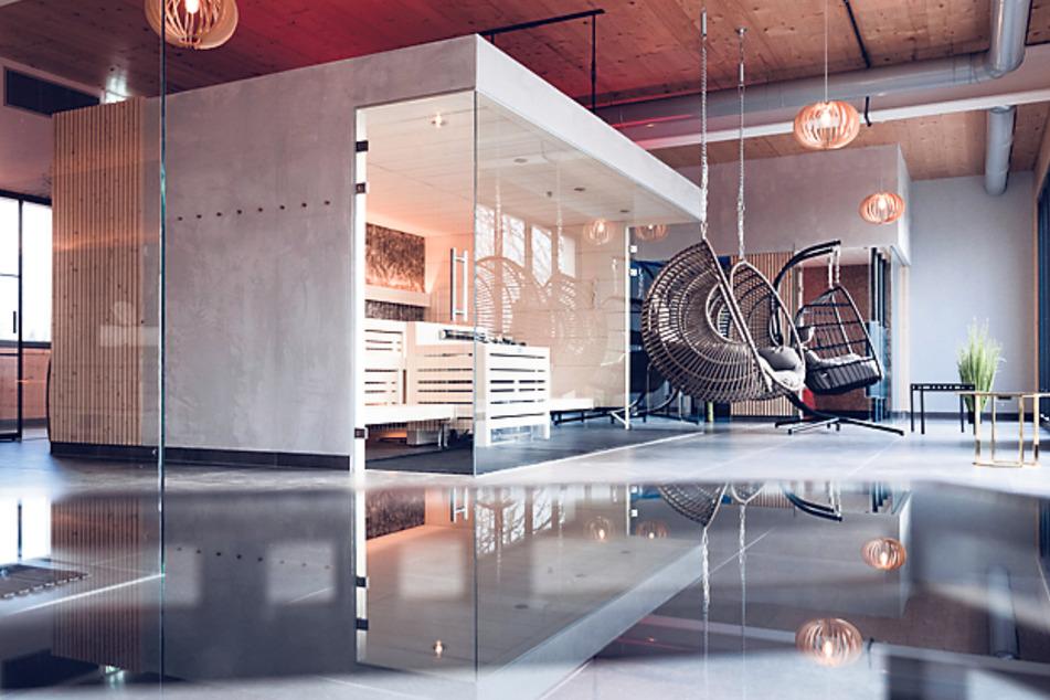 Spa 2.0: Im neuen Seeflügel des Hauses ist eine Oase mit Saunen und Deutschlands erstem Flying-Pool entstanden.