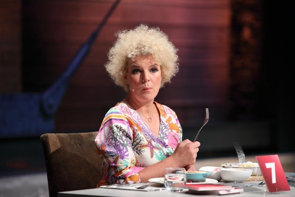 """Jurorin Mirja Boes (49) kommt in der nächsten """"Grill den Henssler""""-Sendung mit neuem Haarstyling daher."""