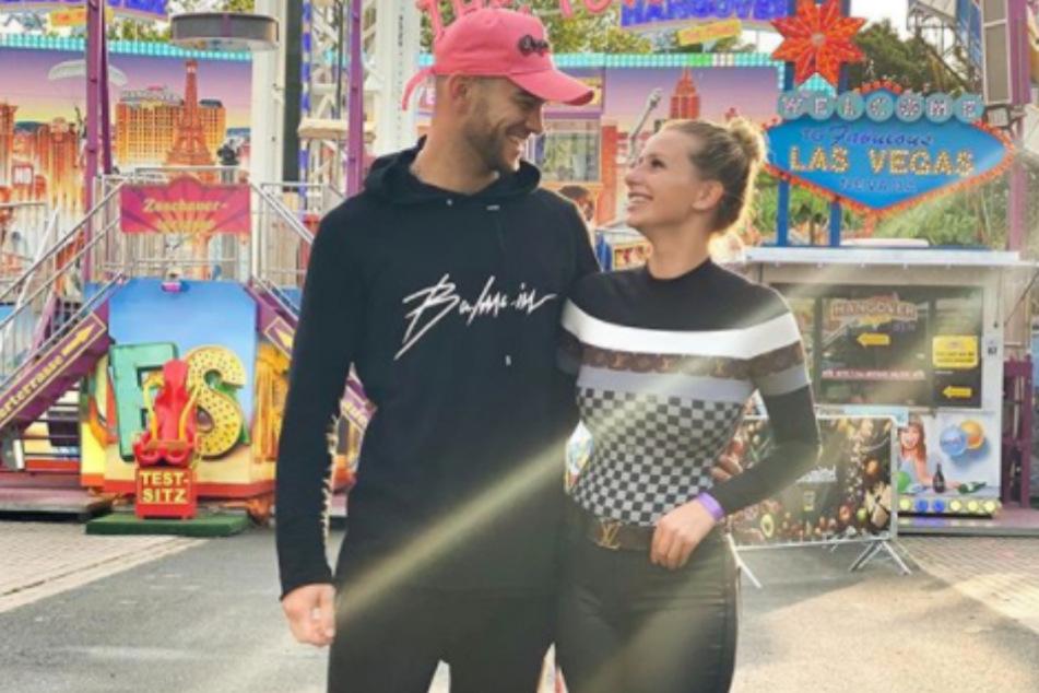 """Serkan Yavuz (27) und Carina Spack (24) haben sich bei der RTL-Show """"Bachelor in Paradise"""" kennengelernt."""