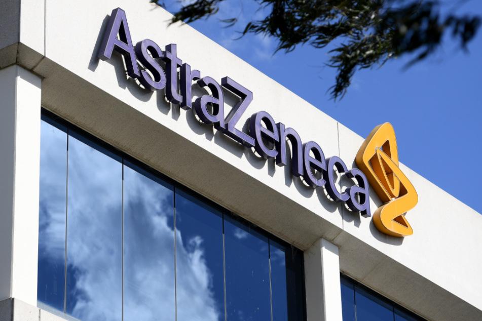 Die Studie von AstraZeneca soll trotz des Todesfalls planmäßig weiterlaufen.