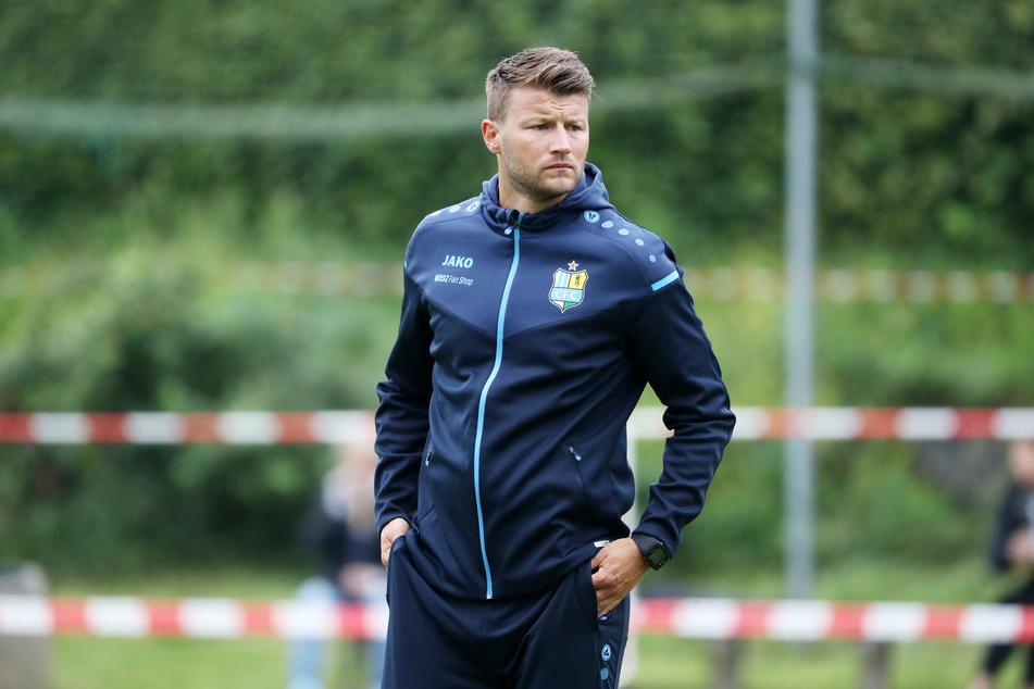 CFC-Trainer Daniel Berlinski (35) will am Samstag beim Testspiel gegen Hannover 96 II als Sieger vom Platz gehen.
