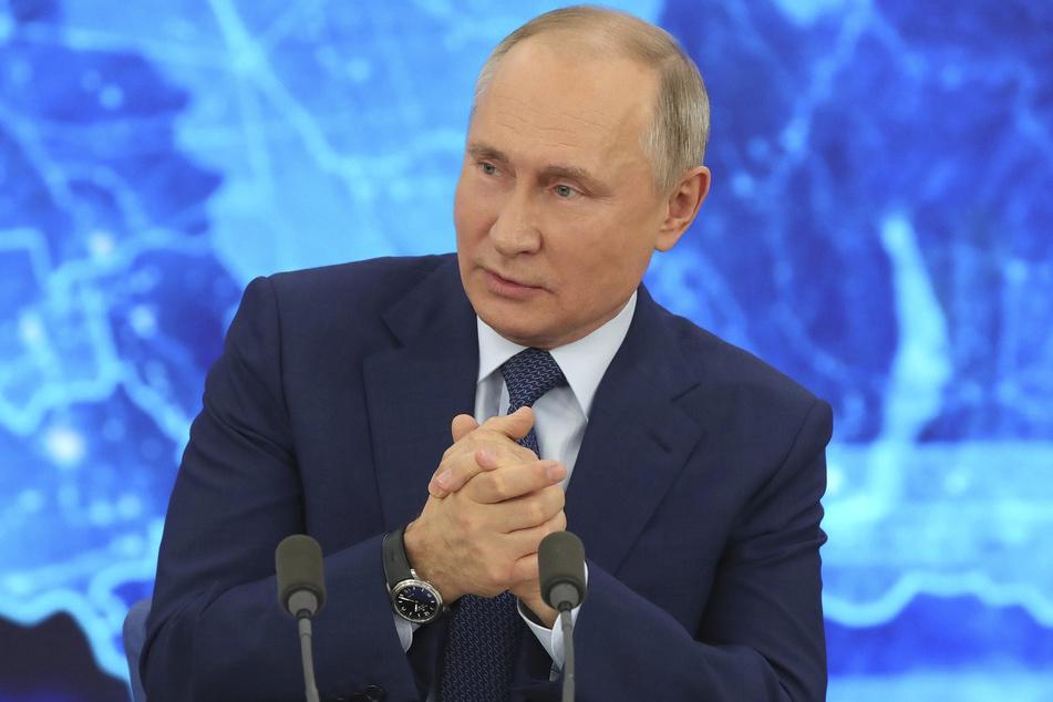 Wladimir Putin (68), Präsident von Russland, hat sich seine lebenslange Straffreiheit gesichert.