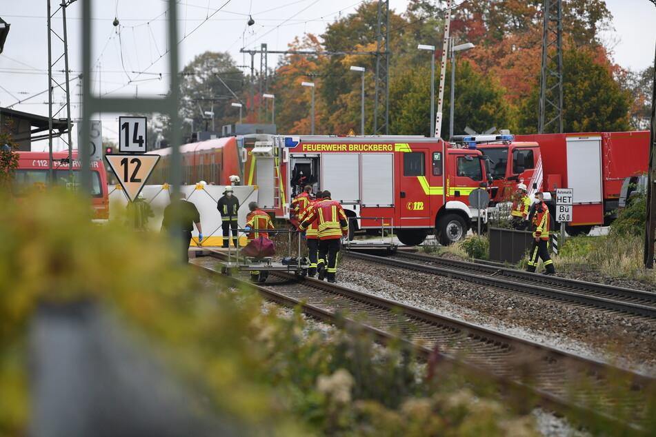 Laut Polizei waren die Kinder um kurz nach sieben Uhr in den Morgenstunden vom durchfahrenden Regionalzug erfasst worden.
