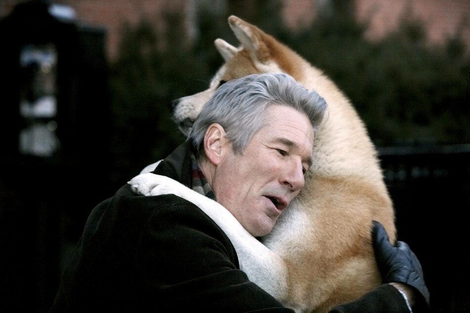 Richard Gere stars in the Hollywood adaptation Hachi: A Dog's Tale (2009).